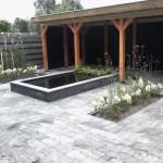 tuin met waterpartij